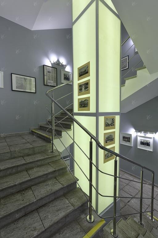 лестничный марш между 1 и 2 этажом