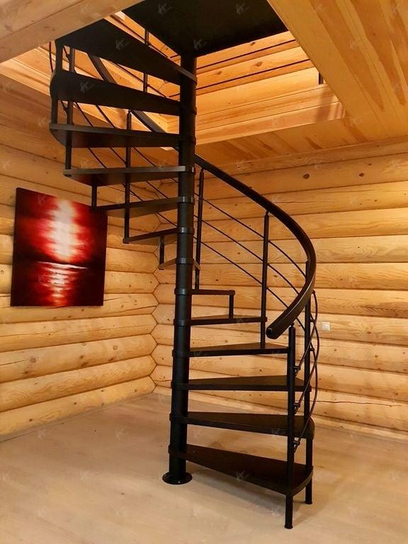 винтовая лестница в доме Дюссельдорф